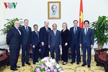 フック首相、米・ASEANビジネス評議会代表団と会見