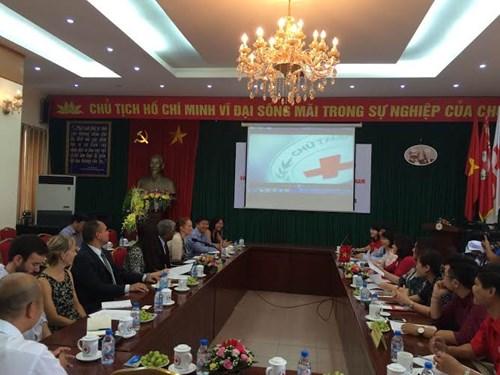アメリカ赤十字社、ベトナムの人道活動に2千万ドルを援助
