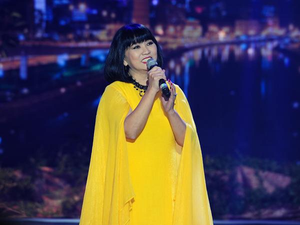 女歌手锦云