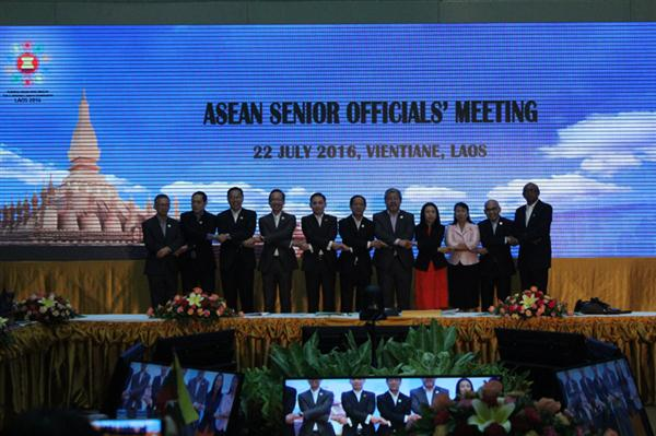 Pembukaan Konferensi SOM ASEAN di Laos