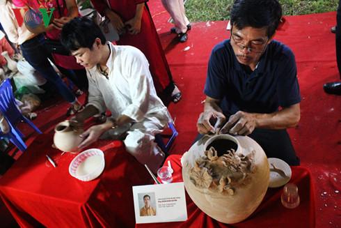 Festival wisata desa kerajinan tradisional kota Hanoi-Vietnam tahun 2016