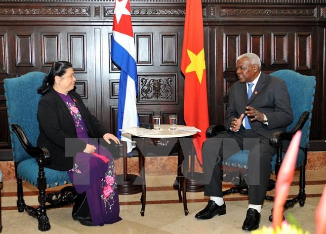 Vietnam dan Kuba bertekad mempererat hubungan antara dua badan parlemen