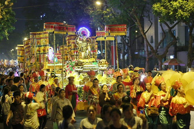 Đại lễ Phật đản Phật lịch 2560 được tổ chức trang trọng tại các địa phương