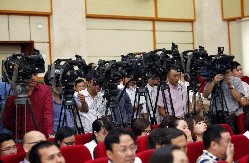 媒体要不断革新创新  满足人民的需求和要求