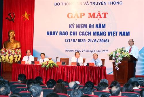 Felicitan a periodistas vietnamitas en Día de la Prensa Revolucionaria Nacional