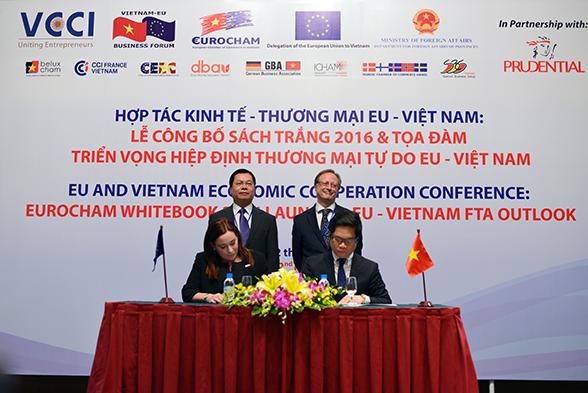 """Empresas europeas consideran """"positivo"""" el ambiente inversionista vietnamita"""