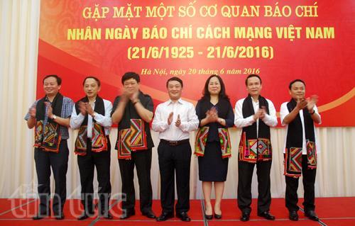 Aktivitas memperingati Hari Pers Revolusioner Vietnam bergelora