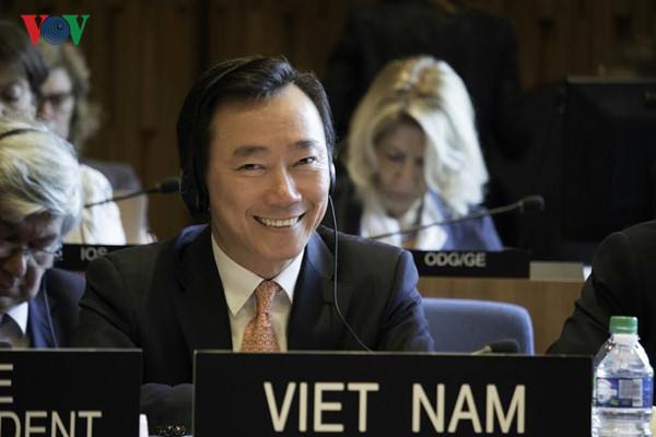 Duta Besar Pham Sanh Chau mencalonkan diri sebagai Direktur Jenderal UNESCO