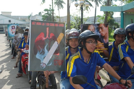 Vietnam responds to World No Tobacco Day