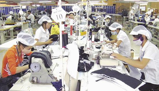 Hiệp định đối tác xuyên Thái Bình Dương: Cơ hội và thách thức với doanh nhân và lao động nữ Việt Nam