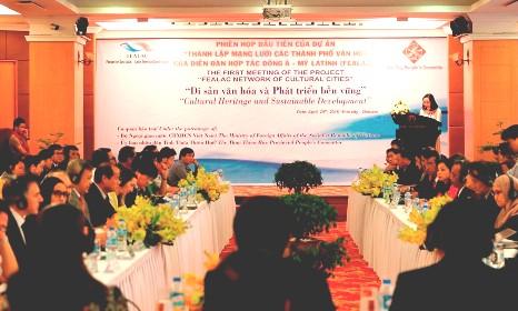 Erste Sitzung über die Bildung eines Netzwerkes der Kulturstädte