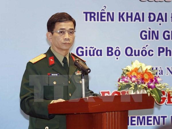 Austausch der Erfahrungen über Einsatz in UN-Friedensmission zwischen Vietnam und Frankreich