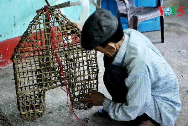 Vietnam strives to introduce financial inclusion to vulnerable groups