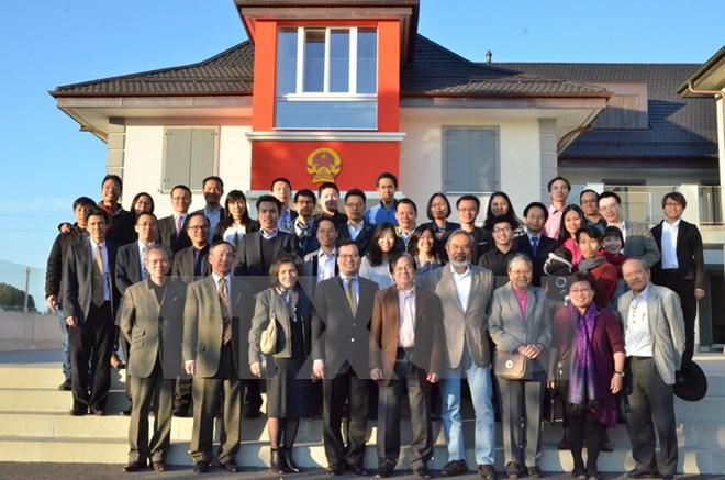 Les Vietnamiens en Suisse s'orientent vers la mère Patrie