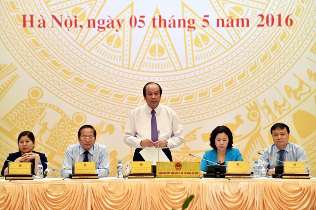 Conférence de presse du gouvernement du mois d'avril