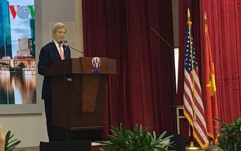 กระชับความสัมพันธ์ในทุกด้านระหว่างเวียดนามกับสหรัฐให้พัฒนาทั้งในด้านกว้างและส่วนลึกมากขึ้น