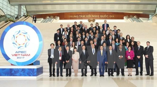 Seminar discusses priority topics of APEC Year 2017