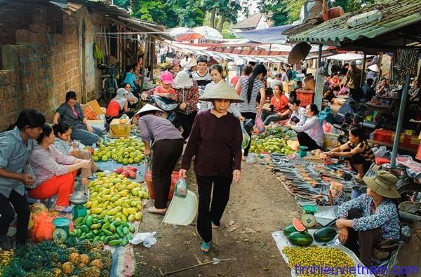 Warna-warni dari pasar-pasar Vietnam