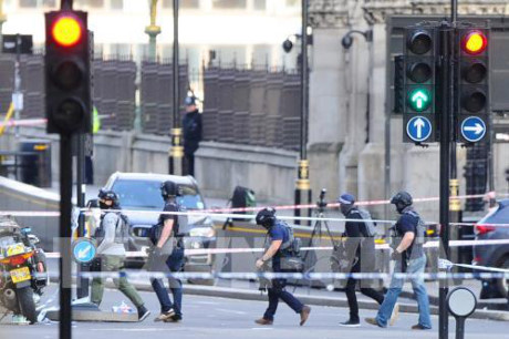 Tidak ada bukti bahwa pelaku jahat serangan  di luar  Gedung Parlemen Inggeris  bersangkutan dengan IS