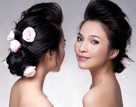 女性歌手ヒェン・トゥク( Hien Thuc) の歌声