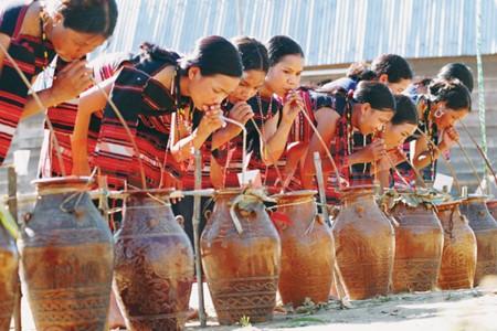 クホ族の地酒ズゥオ・カンとは