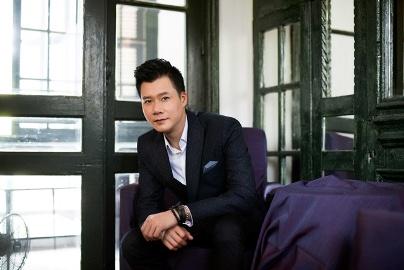 男性歌手クアン・ズン(Quang Dung)の歌