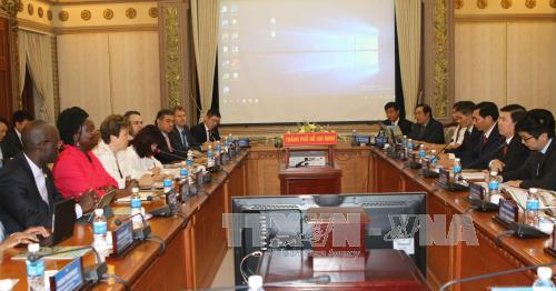 HCM市、世銀と協力して市民の生活の質的向上を図る
