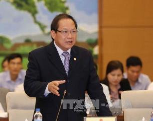 ベトナム法律と国際通例に従って情報を管理