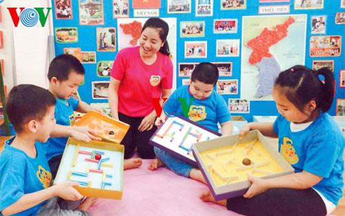 Phan Thi Hoa Le,  Ibu Guru yang memberikan banyak gagasan kepada instansi pendidikan ibu kota