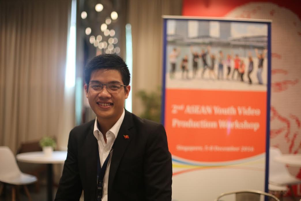 Pemuda Phan Van Quyen mencapai hadiah pertama kontes ke-2 sinematograf muda Asia Tenggara 2016