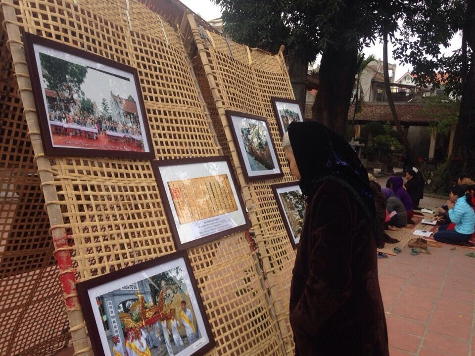 """Pameran foto """"Desa Cu Da dulu dan sekarang""""-Memuliakan desa kuno-desa kerajinan tradisional"""