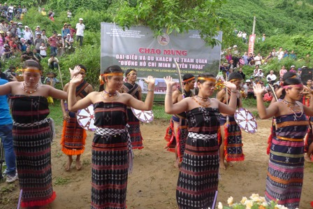 'Tung tung da da' – Co Tu's dance of offering to the heaven