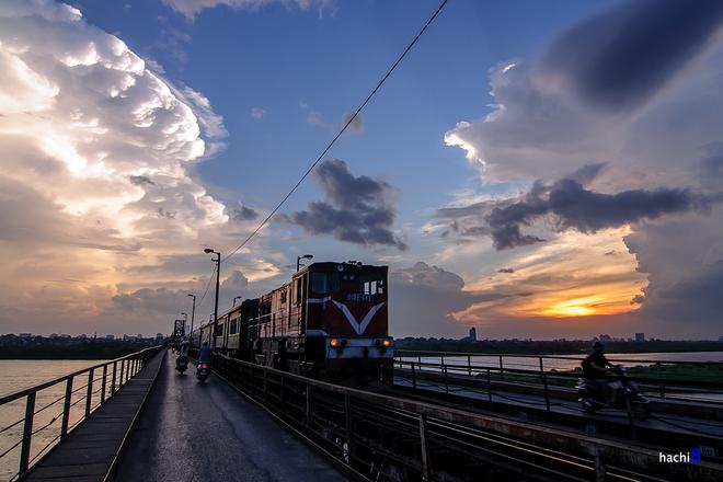 Long Bien Bridge: A century of inspiration