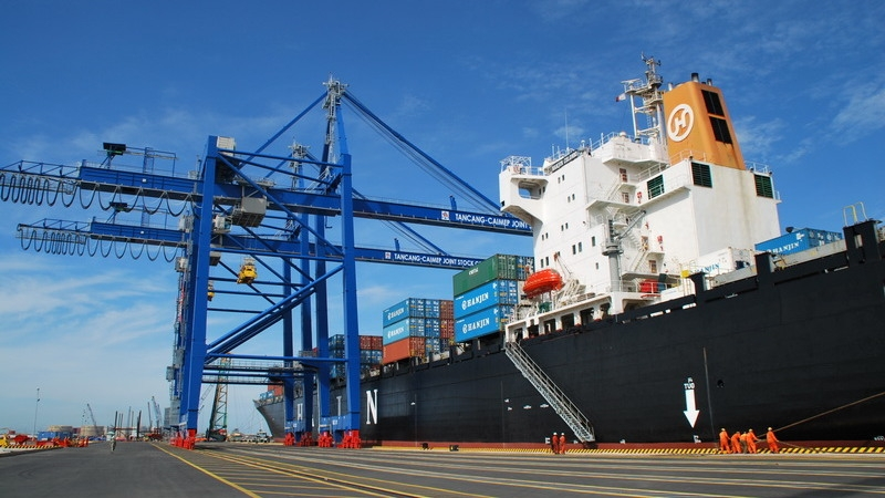 Exports contribute to Vietnam's economic growth in 2015