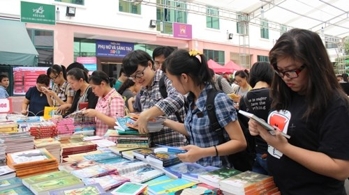 Vietnam anticipates Book Day