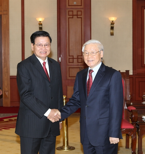 Party leader receives visiting Lao PM