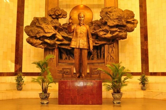 Ho Chi Minh Museum-a treasury of Uncle Ho memorabilia