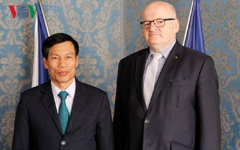 Vietnam, Czech Republic boost tourism cooperation