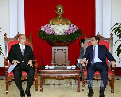 Japan-Vietnam Friendship Parliamentary Alliance Special advisor visits Vietnam