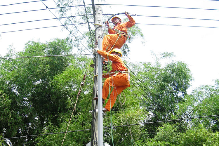 Quang Ninh takes the lead in rural and island electrification