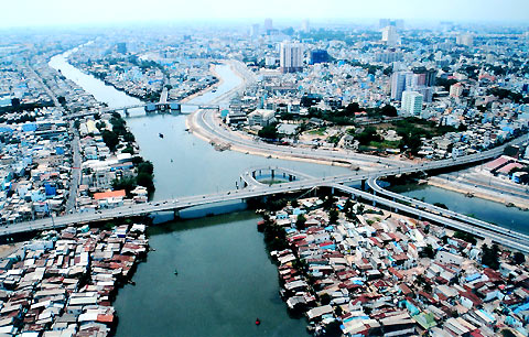 Drafting a law on planning, a start to reforming Vietnam's planning
