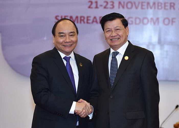 Prime Ministers of Vietnam, Lao meet