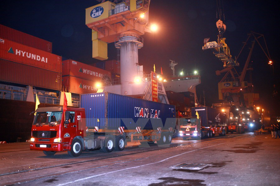 Vietnam develops logistics services for exports
