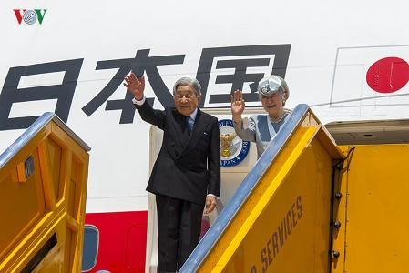 天皇皇后両陛下、無事ベトナム訪問を終える