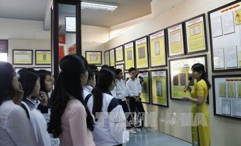 ハイフォンで、「ホアンサ、チュオンサ・歴史的法的証拠」展示会