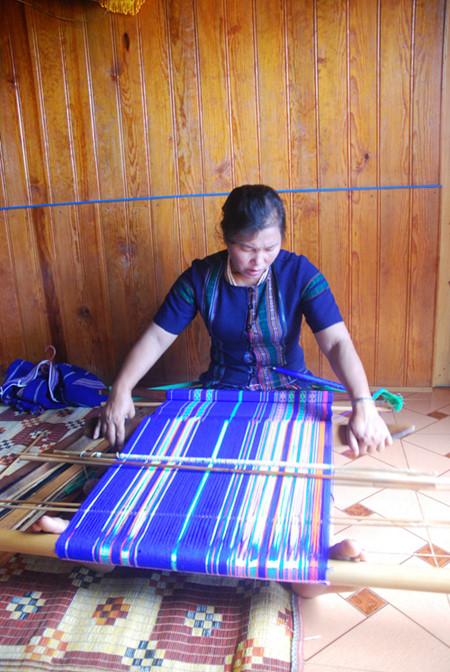 戈豪族土锦布传统纺织业
