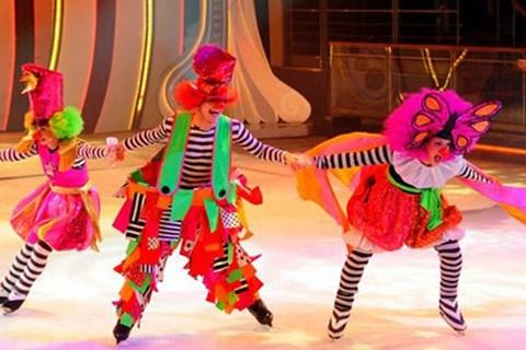 乌克兰冰上杂技表演首次在越南举行