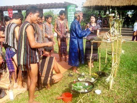 赫耶族的文化特色