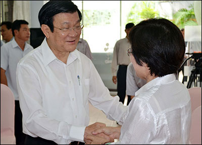President Truong Tan Sang meets voters in Ho Chi Minh city
