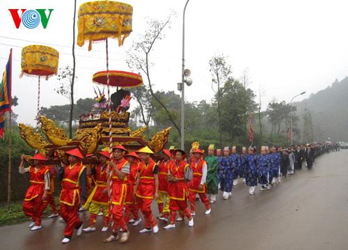 Unique palanquin procession at the Hung Kings' temple festival
